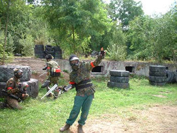 Paintball-Pilot: Spielfeld-Details: Veckring Frankreich: Paintball Sports et Loisirs: Bilder
